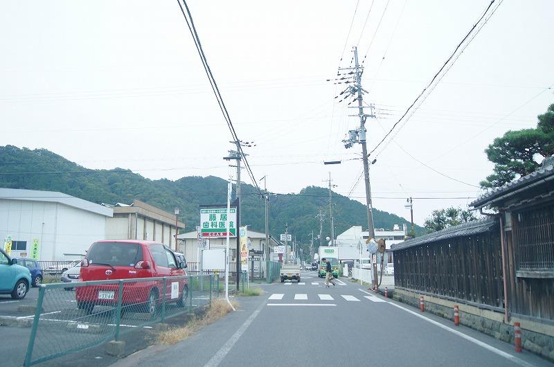 能登川南小学校への曲がり角